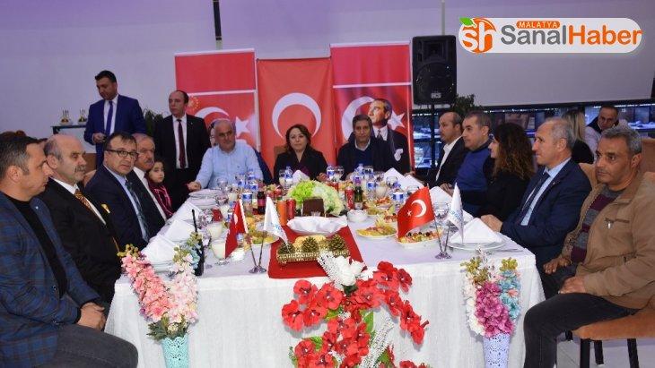 Turgut Özal Üniversitesinde Öğretmenler Günü etkinliği