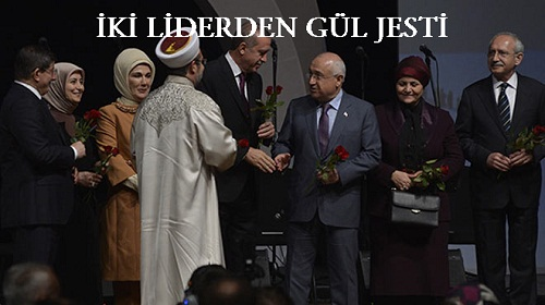 Kılıçdaroğlu'ndan Ahmet Davutoğlu'na gül jesti
