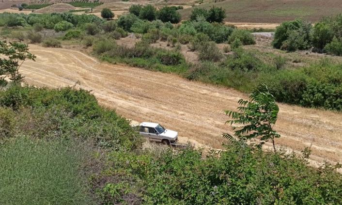 Adıyaman´da otomobil uçuruma yuvarlandı: 2 yaralı