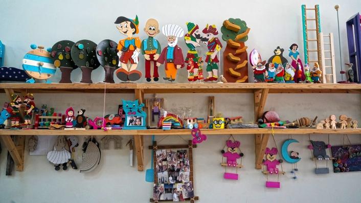 Ahşap oyuncak sanatı bu atölyede yaşatılıyor