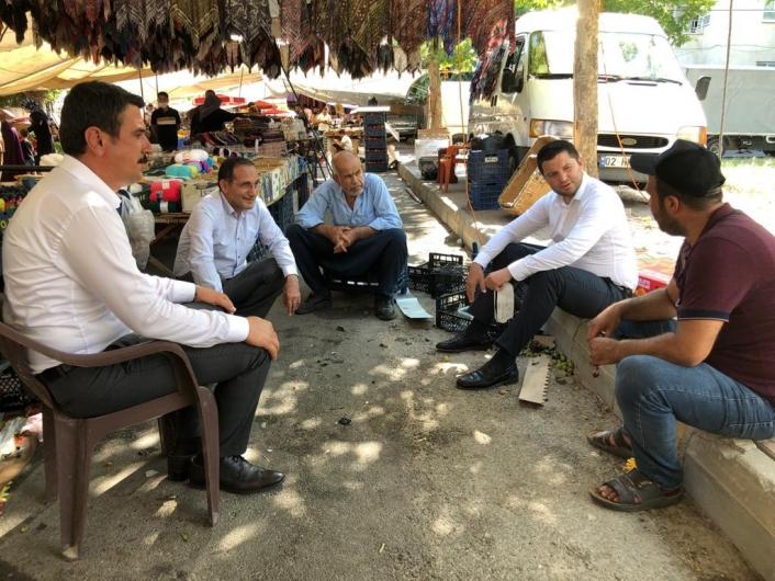 AK Parti heyeti Adıyaman ve Kahta´da vatandaşlarla bir araya geldi
