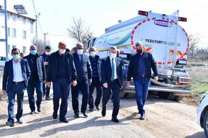 Başkan Çınar, Dilek Mahallesi´ndeki yol çalışmalarını inceledi