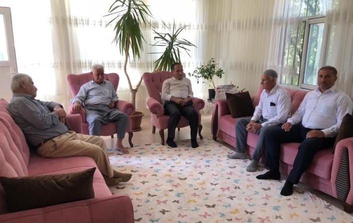 Başkan Dağtekin, kanaat önderi Sönmez´i ziyaret etti