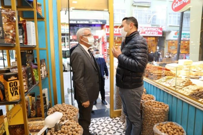 Başkan Güder´den esnaflara destek ziyareti