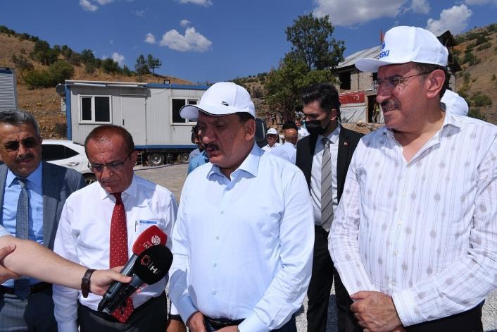 Başkan Gürkan, Arapgir atık su tesis inşaatında incelemelerde bulundu