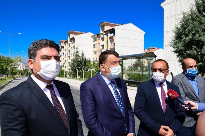 Başkan Gürkan, asfalt çalışmalarını inceledi