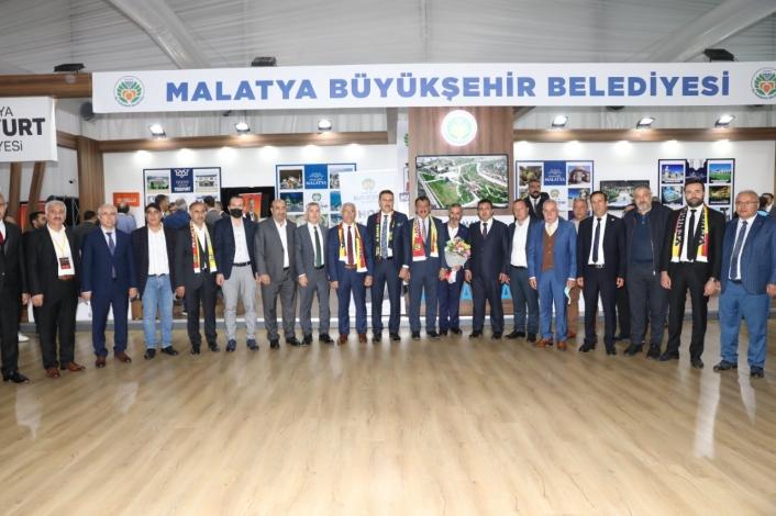 Başkan Gürkan,İstanbul´da yaşayan Malatyalılarla buluştu