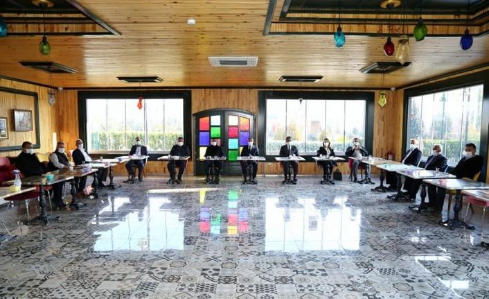 Başkan Kılınç, muhalefet partili meclis üyeleriyle istişare toplantısında buluştu
