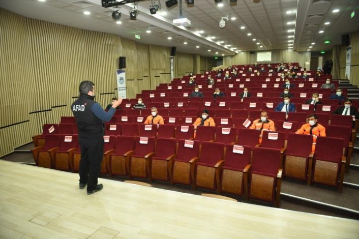 Battalgazi Belediyesi personellerine afet eğitimi verildi