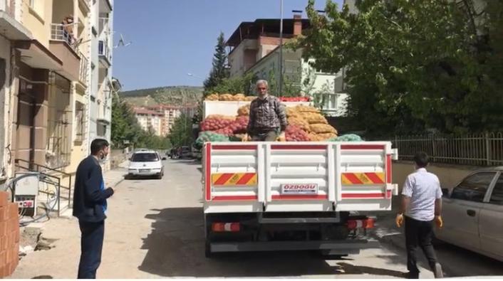 Battalgazi´de ücretsiz soğan ve patates dağıtımı yapılıyor