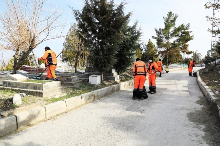 Battalgazi´deki mezarlıklar yoğun bakıma alındı