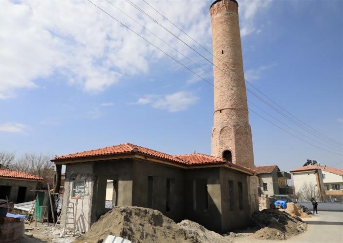 Battalgazi´deki tarihi mekanlarda restorasyon çalışmaları sürüyor