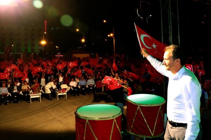 Belediye Başkanı Kılınç´tan Demokrasi ve Milli Birlik Günü mesajı