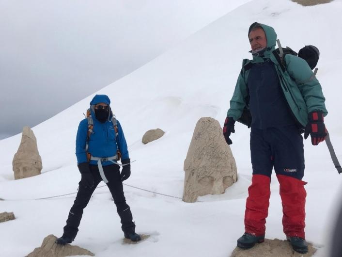 Dağcılar Nemrut Dağı zirvesine çıktı