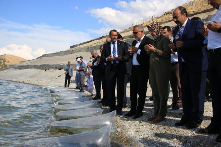 Elazığ´da 21 bin ton balık üretimi