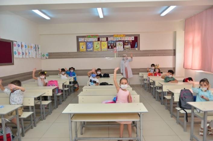 Elazığ´da 272 okulda 13 bin 765 öğrenci yüz yüze eğitime başladı