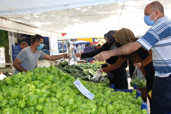 Elazığ´da 6 ayrı noktada pazar kuruldu, tedbirler alınarak açıldı