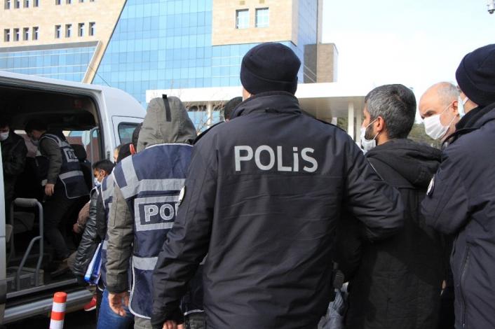 Elazığ´da çeşitli suçlardan aranan 7 şüpheli yakalanıp tutuklandı