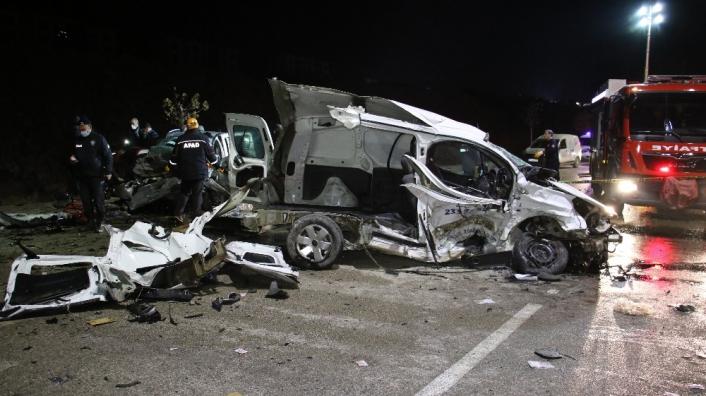 Elazığ´da feci kaza: 2 ölü, 3´ü ağır 5 yaralı