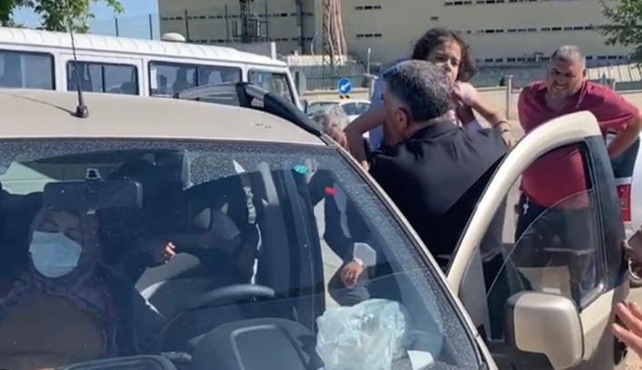 Elazığ´da iki araç çarpıştı: 8 yaralı, çocukları araçtan milletvekili Erol  çıkardı