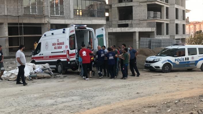 Elazığ´da inşaatın 7. katından düşen işçi hayatını kaybetti