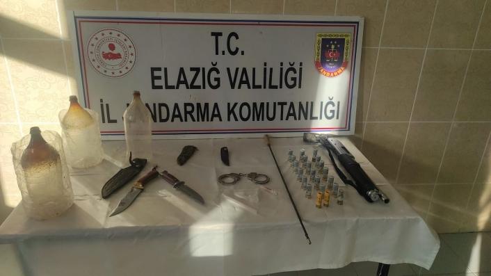 Elazığ´da jandarmadan ruhsatsız silah operasyonu: 1 kişi gözaltına alındı