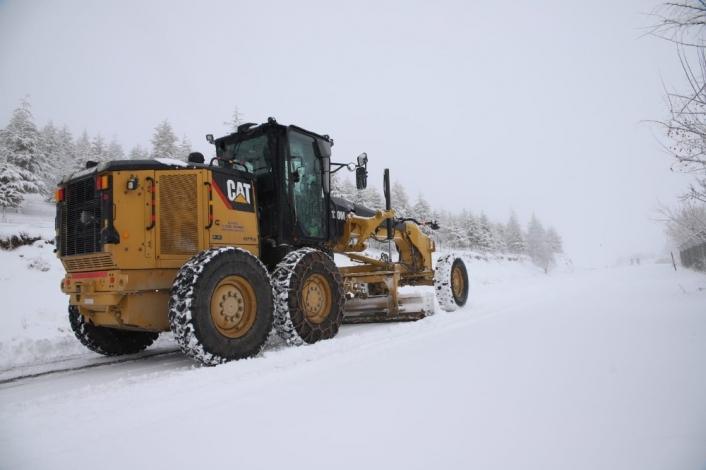 Elazığ´da kar nedeniyle 11 köy yolu ulaşıma kapandı