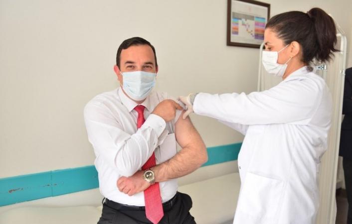 Elazığ´da öğretmenlere Covid-19 aşısı