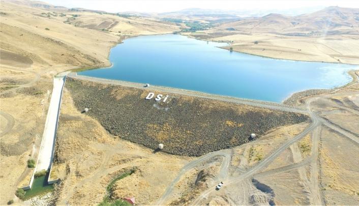 Elazığ´da Tatar Göleti sulaması inşaat çalışmaları devam ediyor