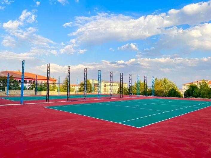 Elazığ´da tenis kortu inşa çalışmaları devam ediyor
