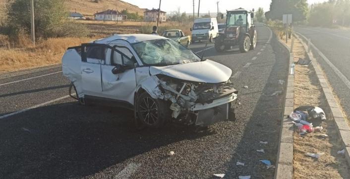 Elazığ´da trafik kazası:3 yaralı