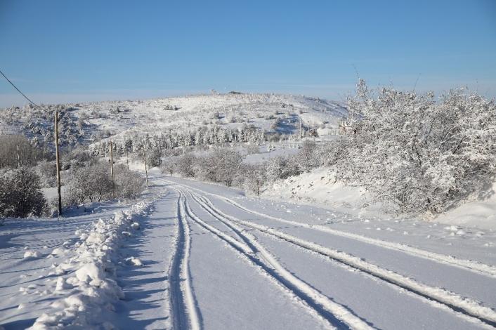 Elazığ´da yoğun kar yağışı, 269 köy yolunu kapattı