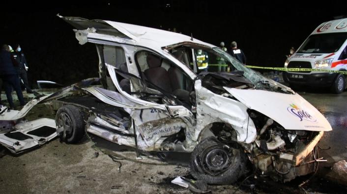 Elazığ´daki feci kazada ölü sayısı 3´e yükseldi