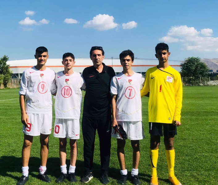 Elazığ´dan 6 futbolcu 15 yaş altı milli takım bölge seçmelerine katıldı