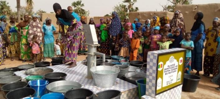 Elazığ´dan şehitler adına Mali´de  su kuyusu açıldı