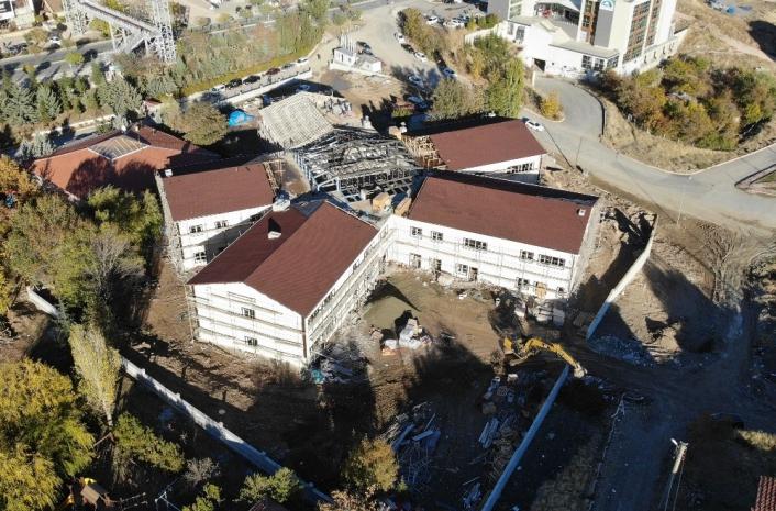 Elazığ depreminde hasar alan eğitim yuvalarının yerine 33 okul