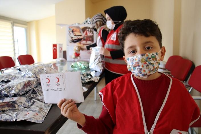 Elazığlı depremzede çocuklardan  İzmirli akranlarına mektup