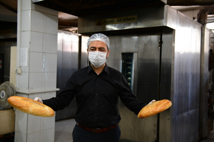 Elbistan Halk Ekmek Fabrikası´nda günlük üretim 10 bin adede çıktı