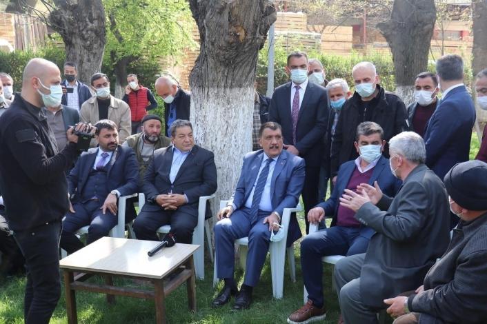 Fendoğlu ve Gürkan sanayi esnaflarının sorunlarını dinledi