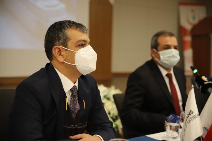 Fethi Sekin Şehir Hastanesi Başhekimi Prof. Dr. Erol Keleş görevi devraldı