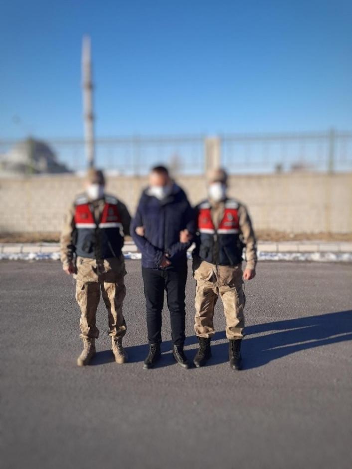 FETÖ üyeliğinden gözaltına alınan eski polis memuru tutuklandı