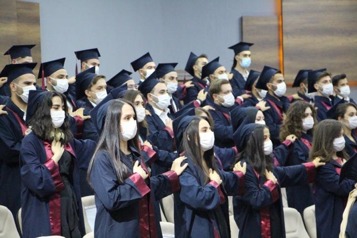 FÜ Veteriner Fakültesi 46. dönem mezunlarını verdi