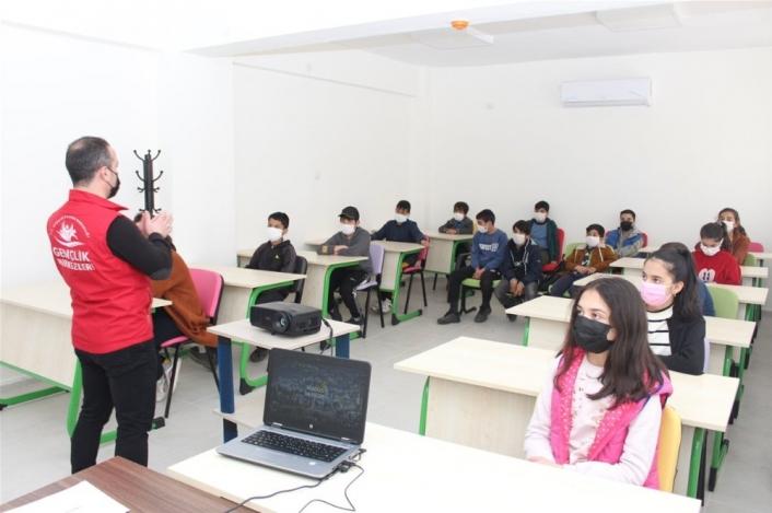 Gençlerde eğitimlere yoğunluk verildi