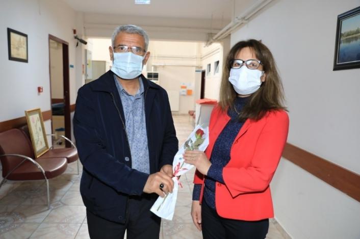 Güder´den sağlıkçılara Tıp Bayramı ziyareti