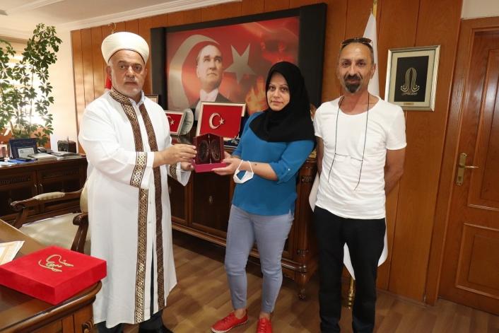 Gürcü kadın Elazığ´da Müslüman olup Elif ismini aldı