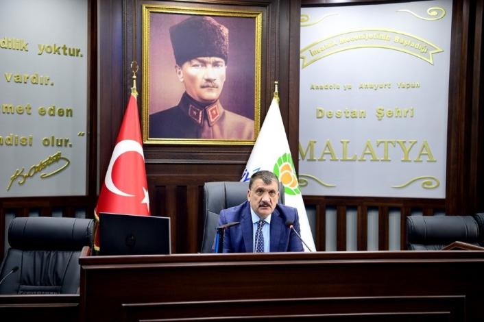 Gürkan, belediye çalışanlarıyla istişare toplantısı yaptı