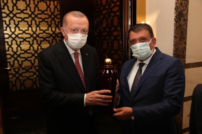 Gürkan, Cumhurbaşkanı Erdoğan´ı Malatya´ya davet etti