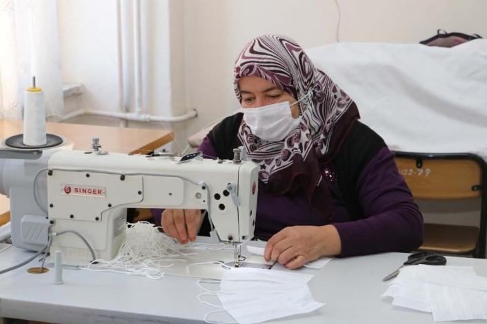 Gürün´de  100 bin maske üretilecek