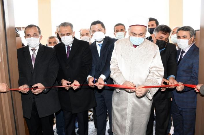 Hacı Bekir Balta Camii dualarla ibadete açıldı
