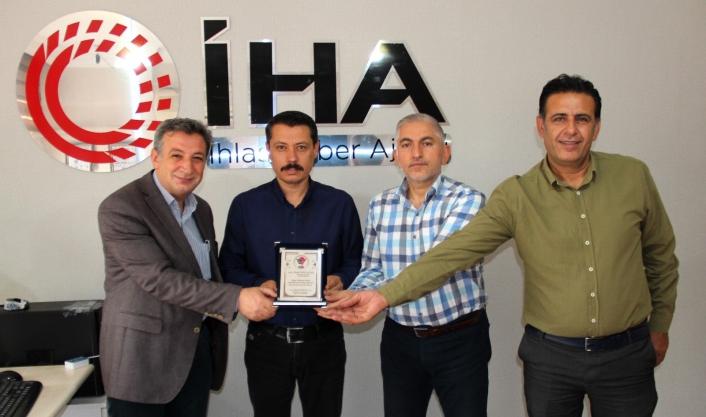 İGD´den İHA Muhabiri Ahmet Arslantaş´a paket